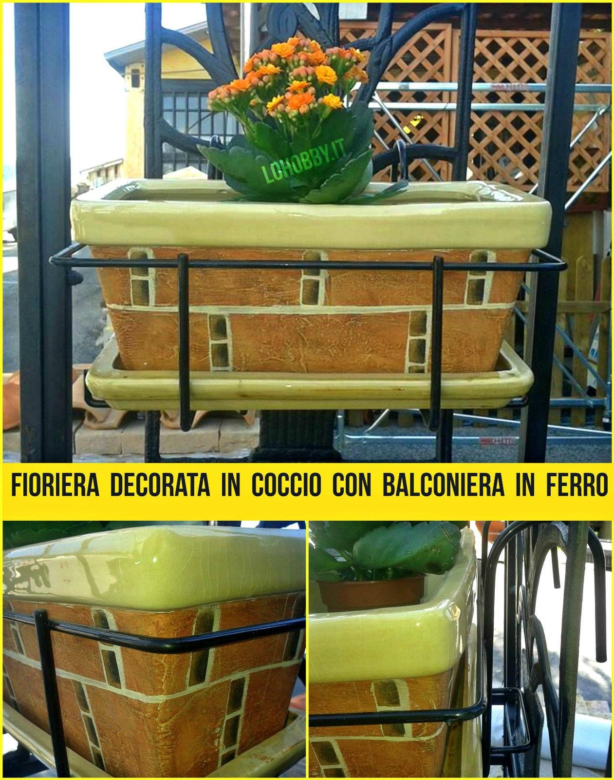 fioriera in coccio decorata con balconiera in ferro vaso portavaso ... - Portavasi Balcone